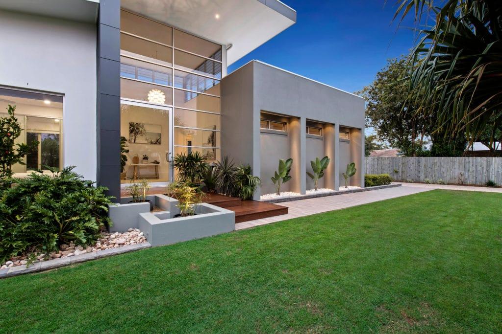 house exterior garden taylor'd