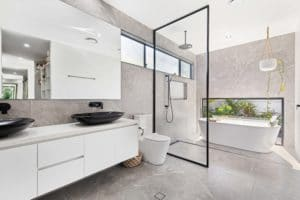 Ensuite new build taylo'rd